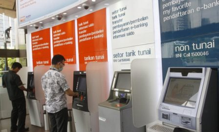 Kenormalan Baru, BNI Jajal Tarik Tunai Tanpa Kartu ATM
