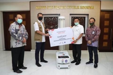 Telkom Serahkan Bantuan Robot Disinfeksi Kepada Gugus Tugas Covid-19