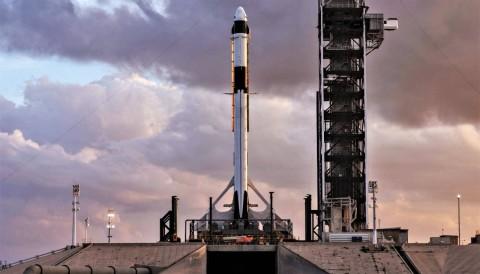 Berhasil Meluncur, Pesawat Antariksa SpaceX dan NASA Tuju ISS