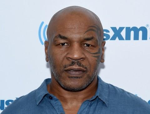 5 Berita Olahraga Populer Pekan Ini: Teka-teki Lawan Mike Tyson