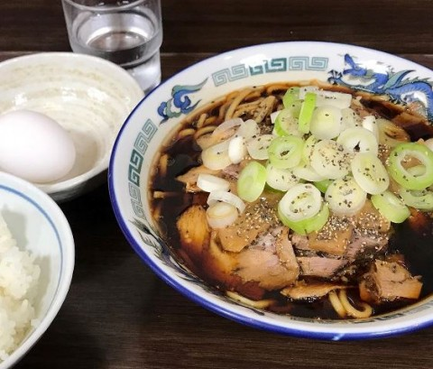 Ramen Hitam yang Hanya ada Di Toyama, Jepang