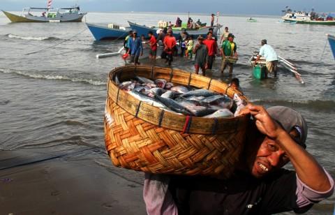 Pemerintah Beri BLT Rp600 Ribu per Bulan untuk 1,1 Juta Nelayan