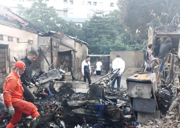 Korban Kebakaran Menteng Dapat Bantuan Makan