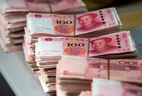 Mata Uang Yuan 'Sejajar' dengan Dolar AS