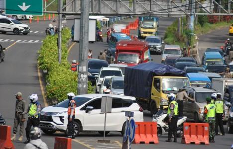 18.708 Kendaraan Ditolak Masuk Jakarta