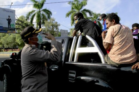 Anggota Polisi Ditabrak Pemabuk saat Kawal PSDD di Jayapura