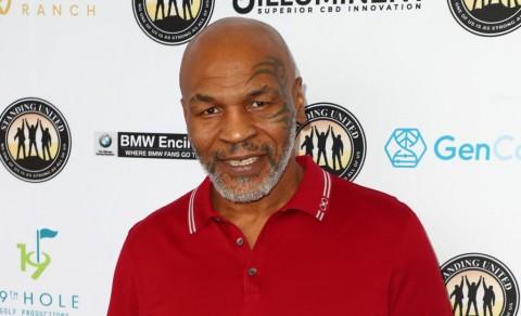 10 Momen Kemenangan KO Terbaik Mike Tyson