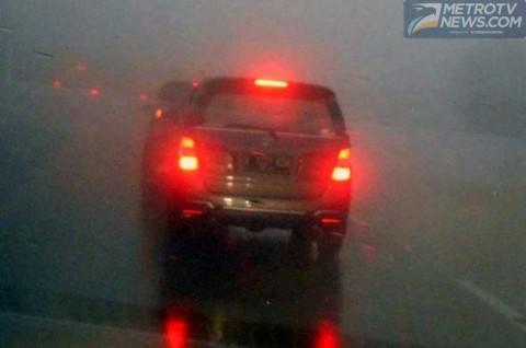 Ini yang Menyebabkan Mobil Hilang Traksi saat Hujan