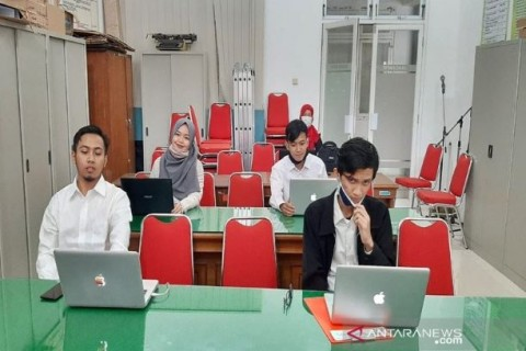 Mahasiswa Universitas Nanjing Asal Boyolali Ujian Skripsi Daring