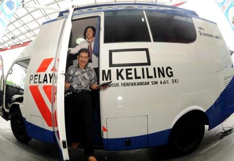 Lima Mobil SIM Keliling Mulai Beroperasi di Jakarta