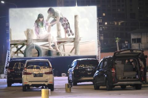 Drive-in Cinema Meikarta Bantah Tayangkan Film Susah Sinyal, Hanya Cuplikan