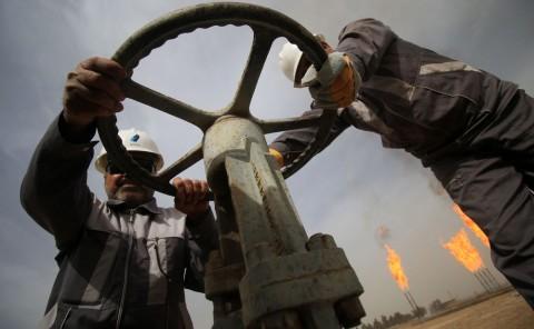 Minyak Dunia Kokoh Jelang Pertemuan OPEC