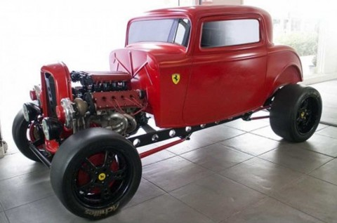 Ford Klasik Ini Pakai Jantung Pacu Ferrari V8