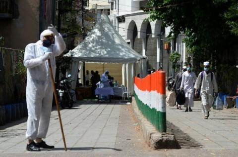 Kenormalan Baru, India Buka Masjid dan Kuil