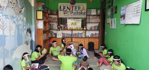 LOMA Society Berkontribusi Tangani Covid-19 Lewat Taman Bacaan