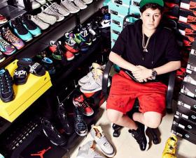 Benjamin Kapelushnik, Remaja Sukses Penjual Sneakers di Amerika