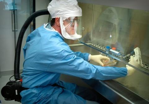 Penelitian Coba Hubungkan Kadar vitamin D dengan Badai Sitokin Covid-19