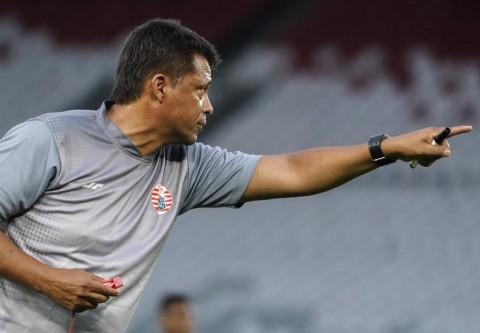 Ulang Tahun, Pelatih Persija Targetkan Juara dan Liga Champions