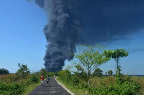 Kebakaran Besar Berkobar di Ladang Minyak India