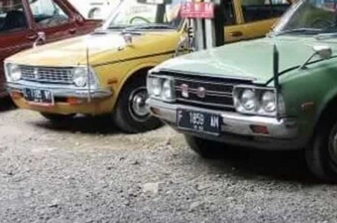 Tips Membeli Mobil Tua