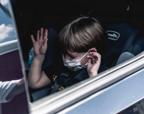 Jangan Tinggalkan Anak dalam Mobil Sendirian, Ini Risikonya