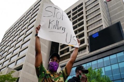 Demo Meletus di Atlanta usai Tewasnya Pria Kulit Hitam