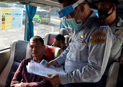 Bus AKAP di Jakarta Enggan Naikkan Kuota Penumpang