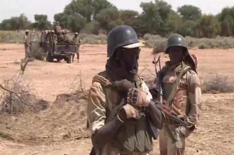 Serangan Ganda di Nigeria Tewaskan 20 Prajurit dan 40 Warga