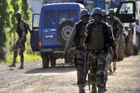 Militan Sergap Konvoi Militer Mali, 24 Prajurit Tewas