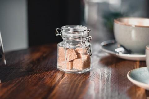 Apakah Gula Merah Lebih Baik Ketimbang Gula Pasir?