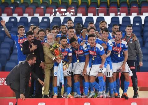 Napoli Redam Juventus untuk Raih Trofi Coppa Italia