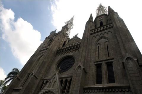 Gereja Bakal Dibuka Kembali Bulan Depan