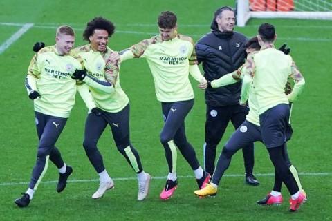 Guardiola Pastikan Sane Tinggalkan Manchester City