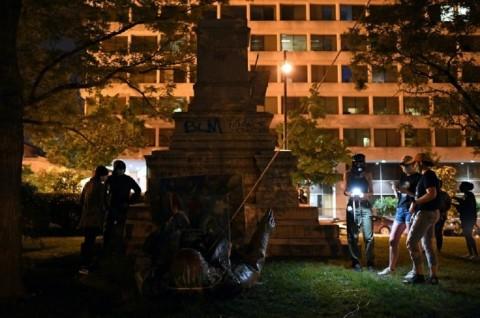 Pedemo Robohkan Satu-satunya Patung Konfederasi di Washington
