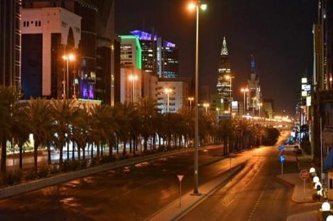 Aturan Jam Malam di Seluruh Wilayah Saudi Dicabut