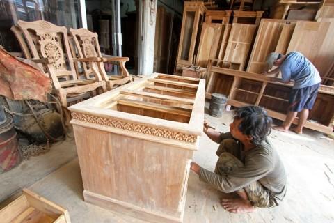 Kayu Lapis Kaltim Disukai Pasar Timur Tengah