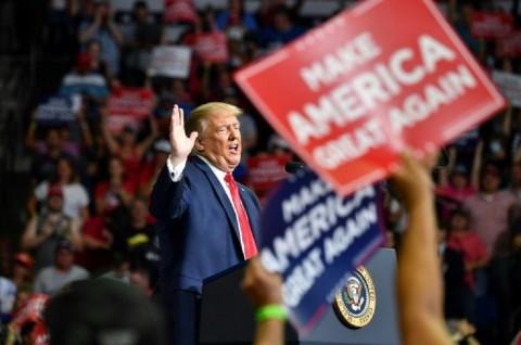 Trump Minta Timnya 'Perlambat' Tes Covid-19