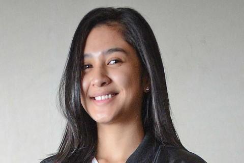 Meski New Normal, Mikha Tambayong Tetap Pilih di Rumah Saja