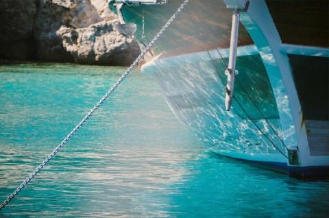 Tersambar Petir, Kapal Nelayan di Sungailiat Bangka Tenggelam