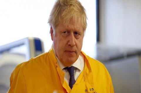 PM Inggris Berencana Longgarkan Social Distancing