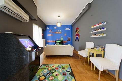Intip Apartemen Impian para <i>Gamers</i> Sejati