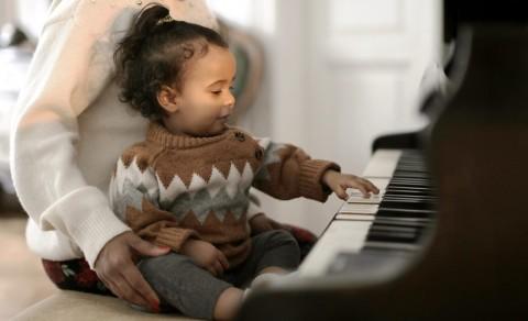 Sejumlah Manfaat Belajar Musik untuk Anak-anak