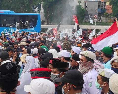 Rute TransJakarta Dialihkan Hingga Demo di DPR Usai