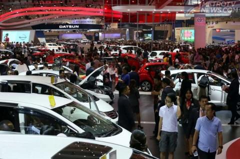 Pandemi Buat Penjualan Motor dan Mobil Merosot