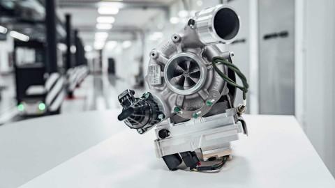 Mercedes-AMG Cangkok Turbocharged Mobil F1