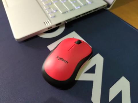 Mouse Logitech M221 Silent, Produktivitas tak Harus Bising