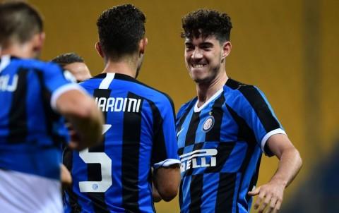 Cetak Dua Gol pada Akhir Laga, Inter Tumbangkan Parma