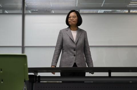 Oposisi Taiwan Duduki Parlemen untuk Memprotes 'Tirani'
