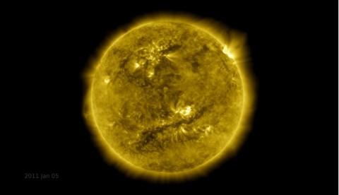 Video Ini Tunjukkan Wujud Matahari Selama 10 Tahun