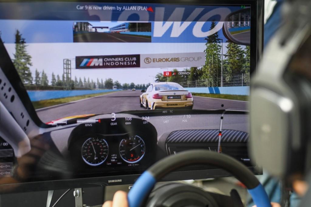 Komunitas Sportcar Ini Pilih Balapan di Sirkuit Virtual - Medcom ID